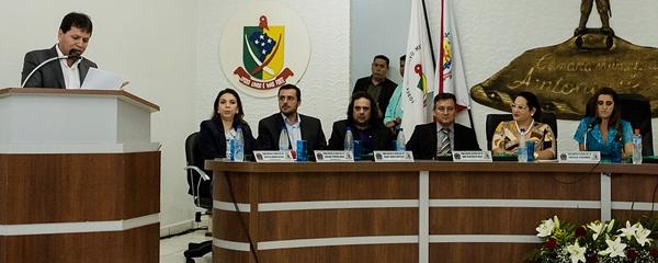 Secretário de Governo leva mensagem ao Legislativo