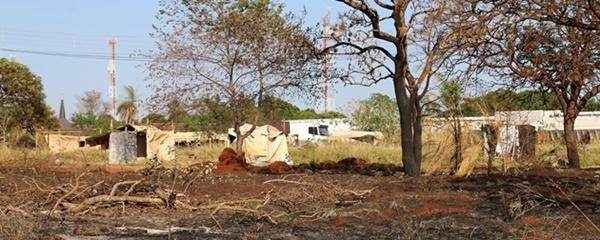 Proprietário de área invadida há 10 dias pede reintegração de posse e indenização