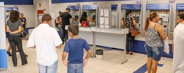 Em MS, 129 mil trabalhadores recebem R$ 96 milhões de abono a partir de amanhã