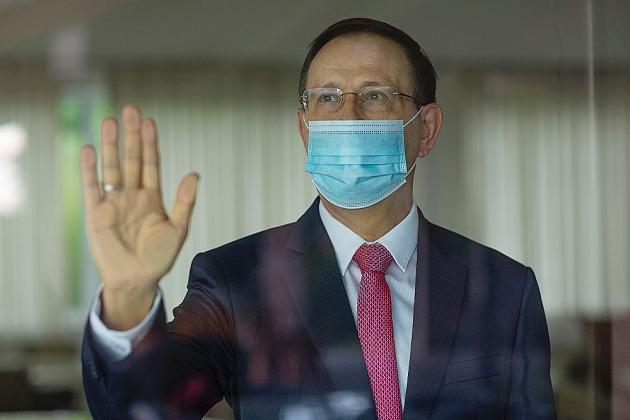 Empresário Carlos Wizard afirma que não vai mais colaborar com o Ministério da Saúde