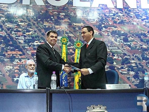 Prefeitura apresenta suas metas para o ano de 2011 durante sessão solene