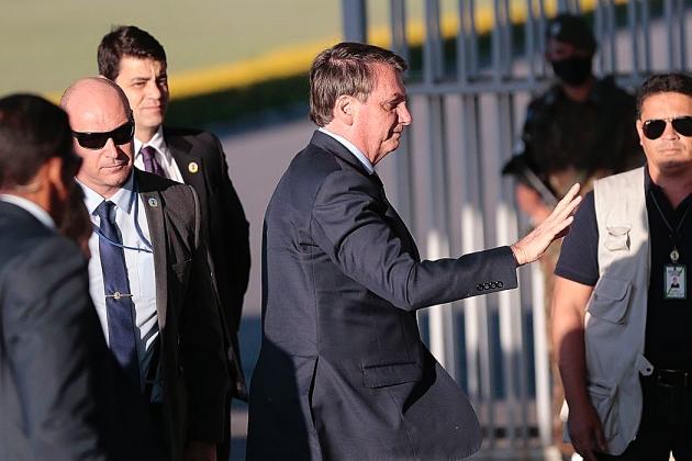 Bolsonaro diz que nomeia nesta segunda-feira novo diretor da PF