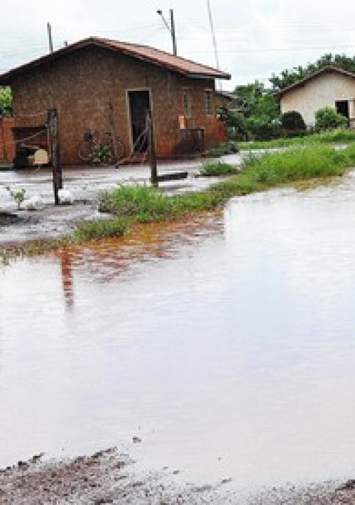 Chuva provoca erosão e alagamento em diversos pontos de Sidrolândia
