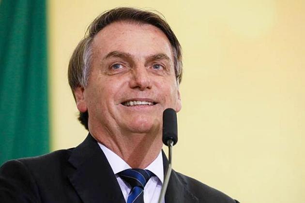 Aprovação de Bolsonaro sobe de 41% para 47,8% em 5 meses, diz pesquisa