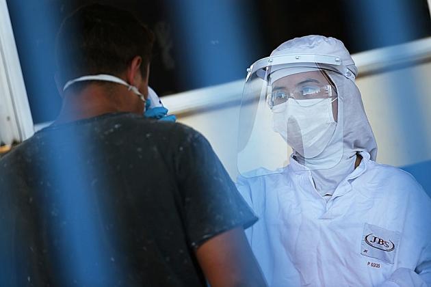 Ministério Público do Trabalho investiga controle da Covid-19 entre funcionários de 61 frigoríficos em 11 estados