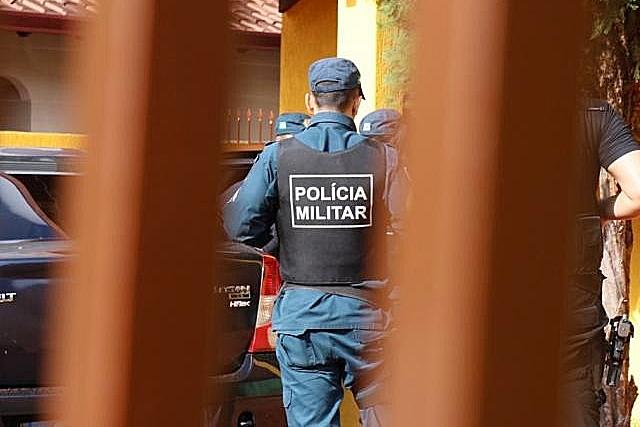 Sargento preso com arma irregular é colocado em liberdade após audiência de custódia