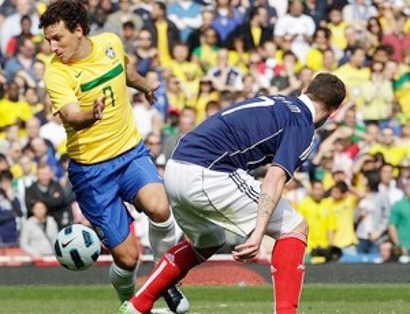 Brasil bate a Escócia em Londres neste domingo