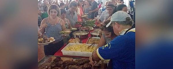 Com expectativa de receber 700 pessoas, almoço da Comitiva dos Amigos acontece neste domingo