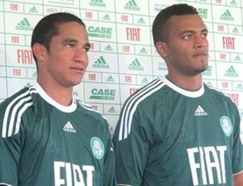 Sem medo de pressão, Max Santos e João Vitor são apresentados no Verdão