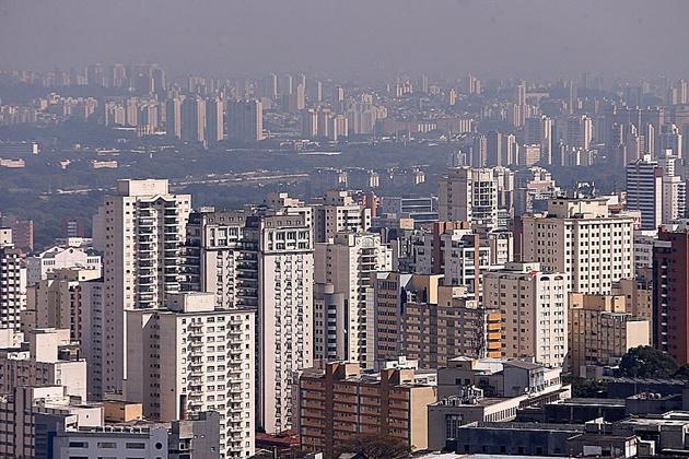 Preço médio do aluguel residencial sobe pelo 5º mês seguido e supera inflação, diz Fipezap