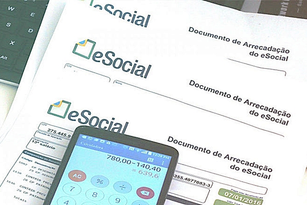 Empregador doméstico tem até esta sexta-feira para pagar guia de junho do eSocial