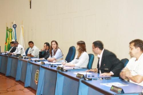Prefeitura ajusta texto e Câmara aprova PCCS por unanimidade