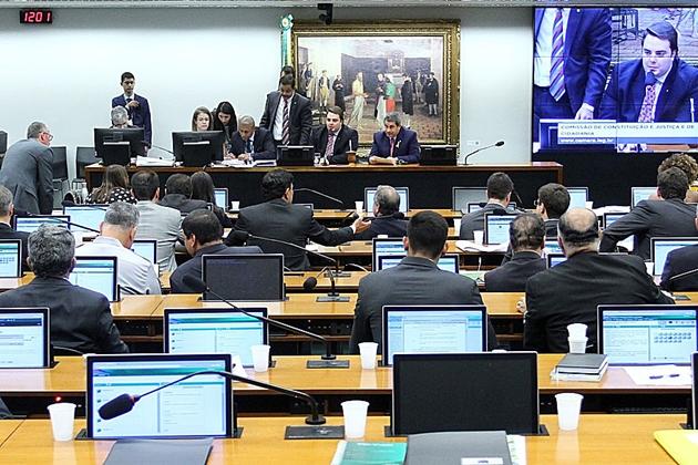 CCJ da Câmara aprova aumento de pena em caso de crime sexual cometido por líder religioso