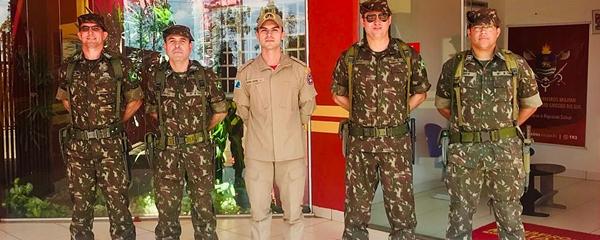 Militares recebem apoio do 18º Subgrupamento de Bombeiros Militar durante 'Operação Couraça