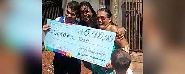 Moradora de Sidrolândia ganha R$ 5 mil em promoção do Magazine Luiza