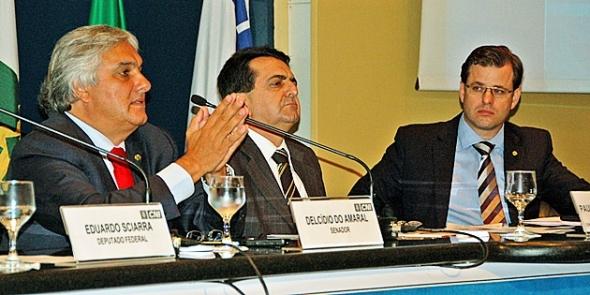 Delcídio diz que reforma tributária será localizada, mas fundamental