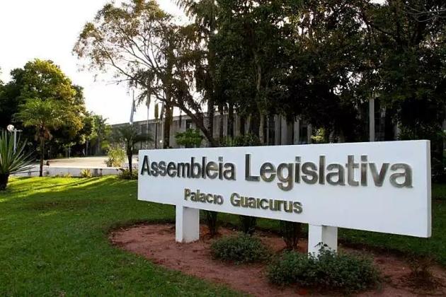 Assembleia vai fazer testes de covid em deputados e funcionários