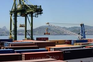 Balança comercial brasileira teve superávit de US$ 58,3 bi em 2018