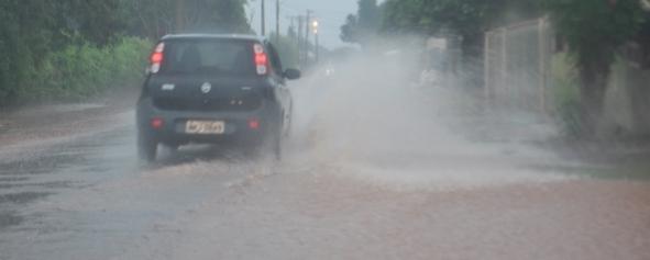 Frente fria ganha força no fim de semana e previsão é de chuva em Sidrolândia