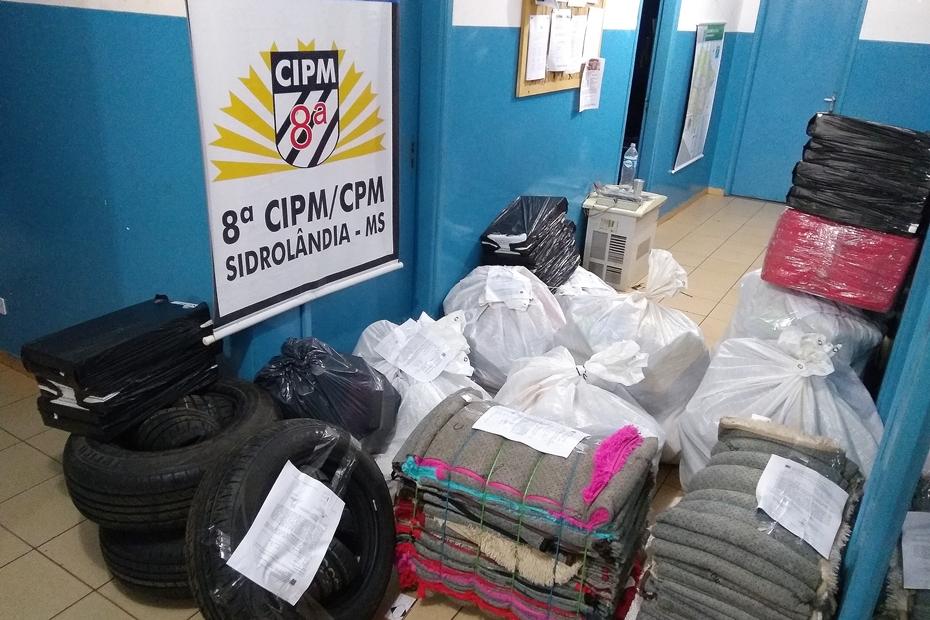 Comboio de veículos é apreendido com produtos contrabandeados na região do Serrote