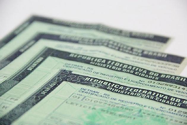 Governo já arrecadou 44% do IPVA estimado em R$ 848 milhões neste ano