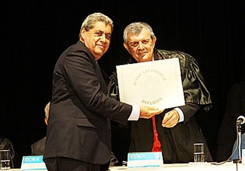 Governador André Puccinelli recebe diploma do Tribunal Regional Eleitoral