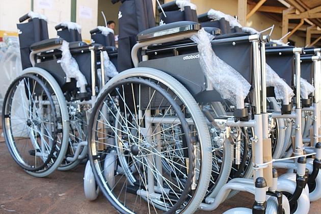 Parceria com o Governo do Estado rende mais cadeiras de rodas, de banho e andadores para o NASF