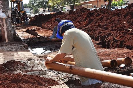 Sidrolândia terá recursos do Avançar Cidades para Sanesul dobrar rede de esgoto