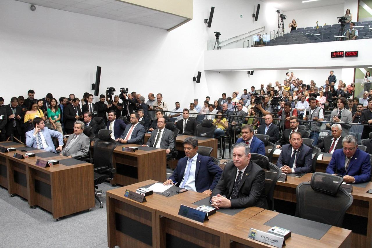 Deputados estaduais definem blocos e bancadas na ALEMS