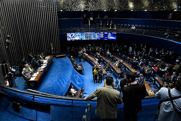 Senado deve votar reforma da Previdência em 1º turno nesta terça