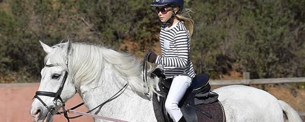 Escolinha de Laço Comprido oferece aulas de montaria e equitação em Sidrolândia
