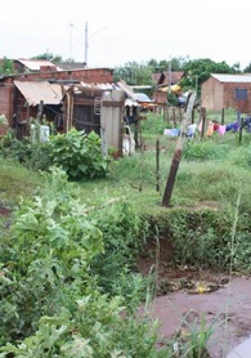 Prefeitura garante R$ 2,1 milhões para retirar 56 famílias de favelas