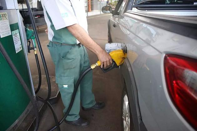 Preço médio da gasolina acumula alta de 3,6% e vai a R$ 4,11 em MS