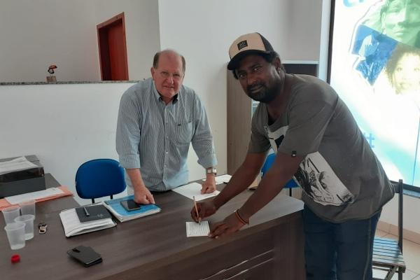 Pivô do rompimento do MDB com Governo, Fá abandona Daltro e se filia ao PSDB