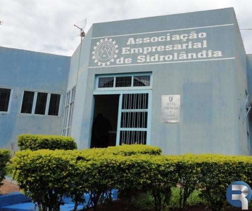 """Associação Empresarial lança quinta-feira """"Magia do Natal"""", campanha que vai oferecer R$ 70 mil em prêmios"""