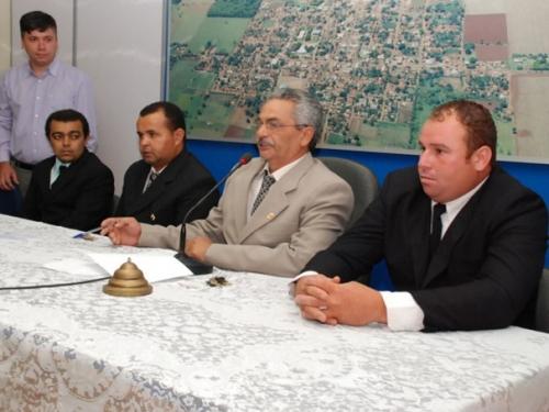 Câmara de Vicentina empossa nova Mesa Diretora