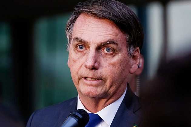 Bolsonaro diz que Caixa ampliará para 4 meses pausa no financiamento da casa própria