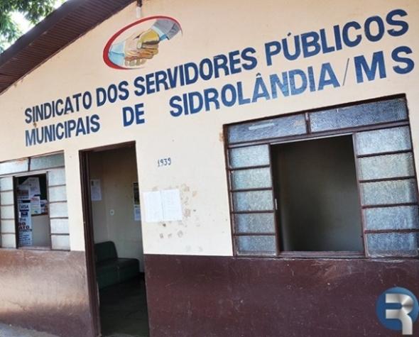 Presidente do Sindicato convoca Servidores Públicos para Assembléia Geral