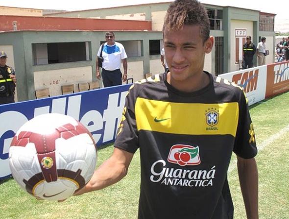 Adilson Batista banca Neymar para o clássico entre Santos e Corinthians