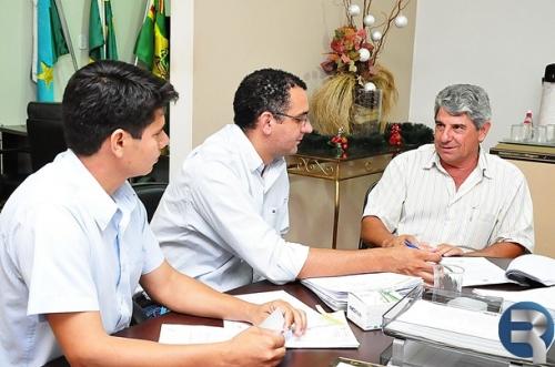 Daltro Fiúza convoca vereadores para assinatura de convênio hoje