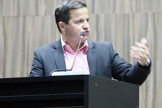 Carlos Henrique destaca mobilização da Câmara na conquista do gás