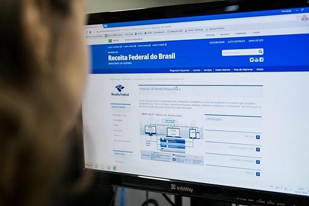 Restituição do Imposto de Renda: Receita paga o 3º lote nesta sexta-feira