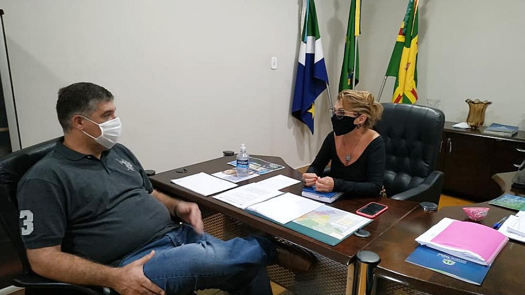 Prefeitura começa 2ª a recuperar vicinais para garantir escoamento da soja