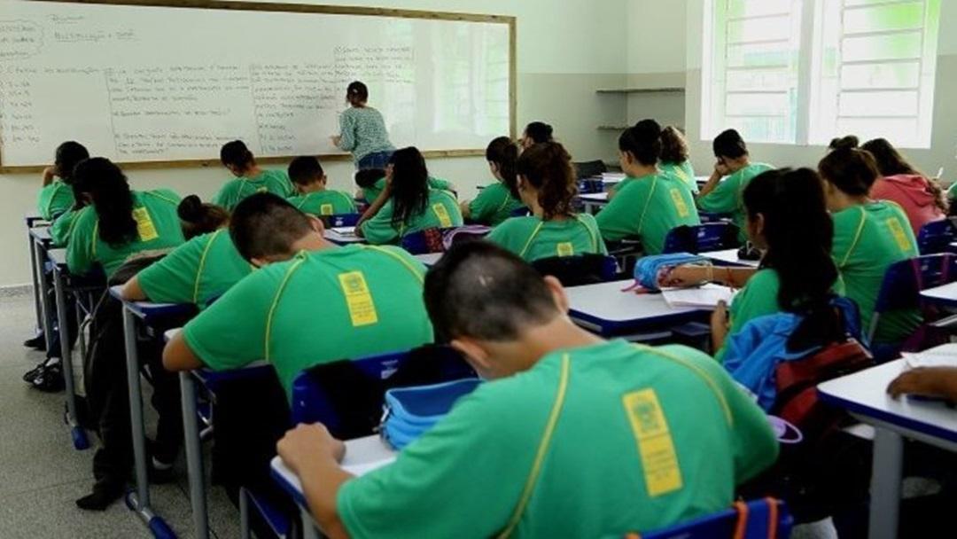 MS investe R$ 3,6 mi em itens de prevenção para volta às aulas