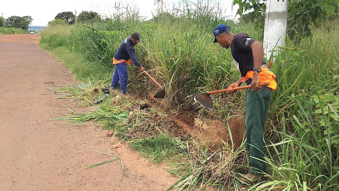 Prefeitura desloca estrutura para Mutirão de Limpeza no Quebra Coco