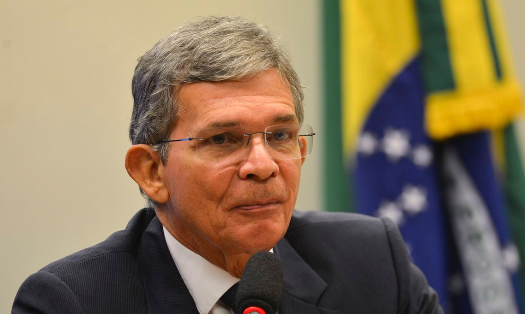Bolsonaro indica Joaquim Silva e Luna para Petrobras