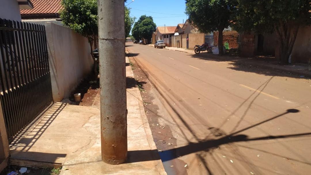 Agesul agora cobra remoção de rede elétrica e retirada de árvores para asfaltar ruas do Pindorama