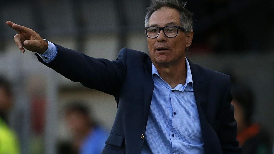 Santos anuncia a contratação do técnico argentino Ariel Holan