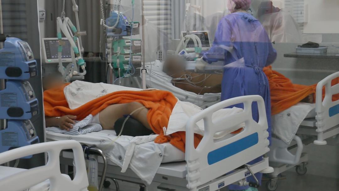 Março começa com crescimento de 156% na média diária de casos de Covid-19