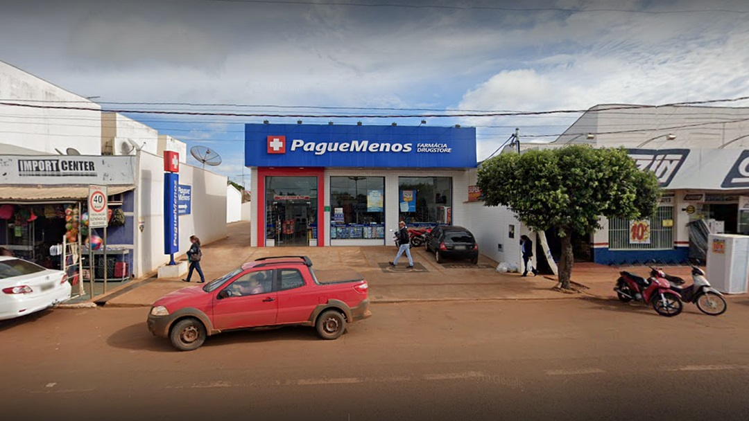 Adolescente diz que roubou farmácia para pagar dívida de R$ 150,00 com traficante